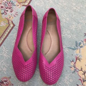 Dansko Neely perforated leather flats size 10